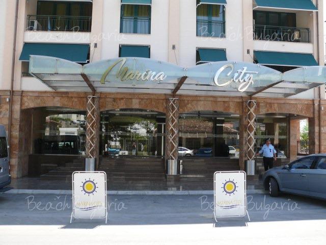 Marina City Complex2