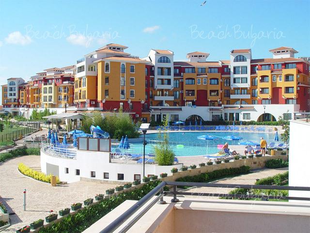 Marina Cape Complex