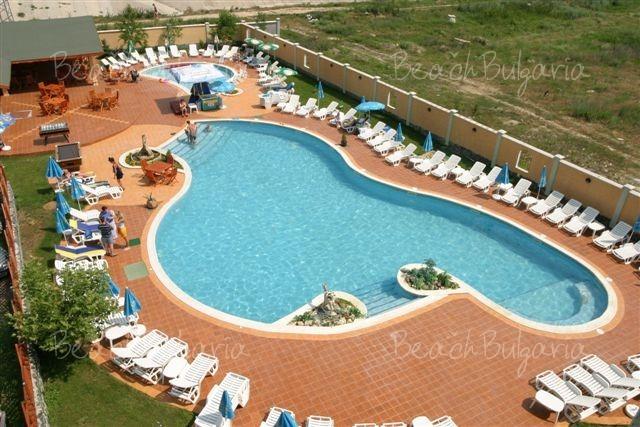 Kristel Park Hotel8