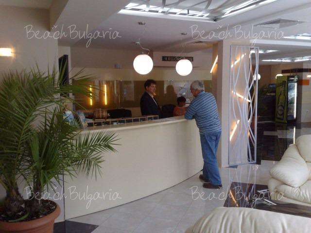 Lotos Hotel2