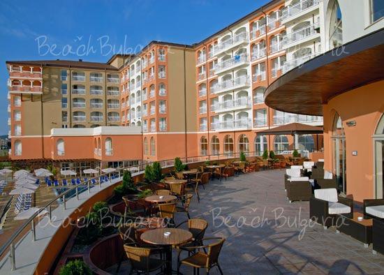 Sol Luna Bay Resort Hotel4