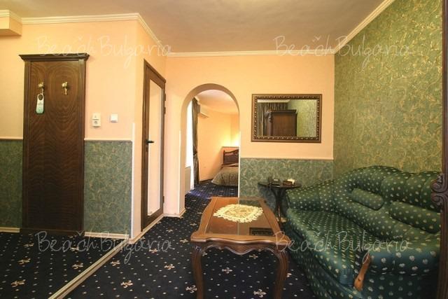Perfect Hotel8