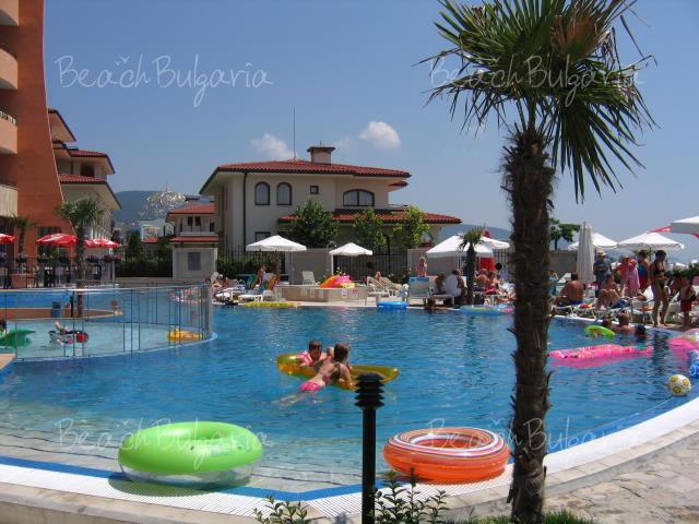 Fiesta M Hotel7