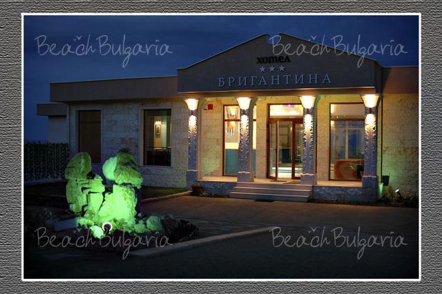 Brigantina Beach hotel11