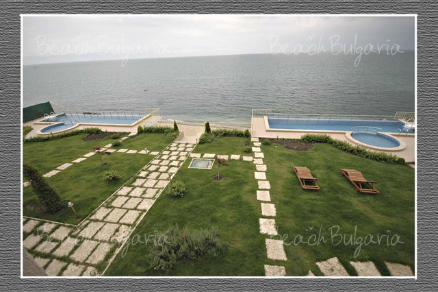 Brigantina Beach hotel10