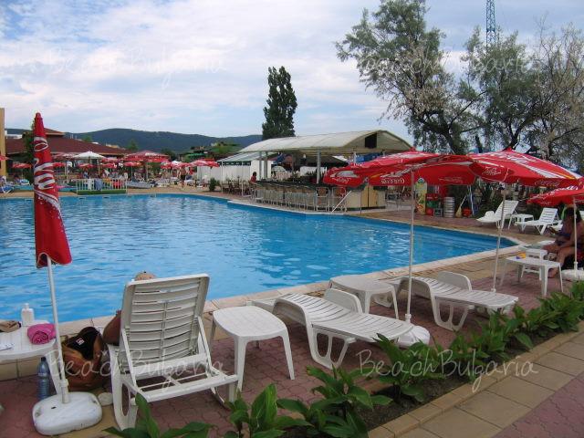 Glarus Hotel11