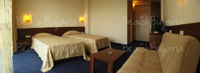 Glarus Hotel7