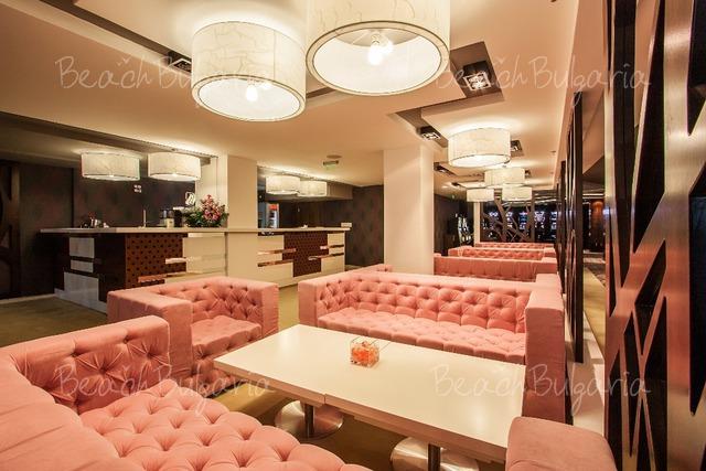 International Hotel13