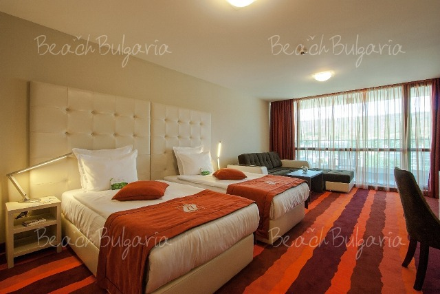 International Hotel8