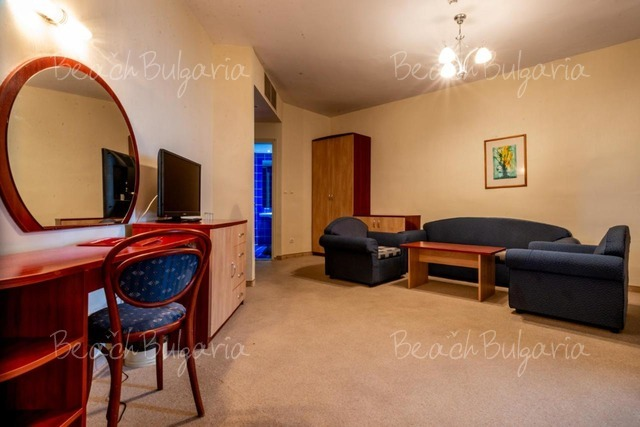 Lilia Hotel13
