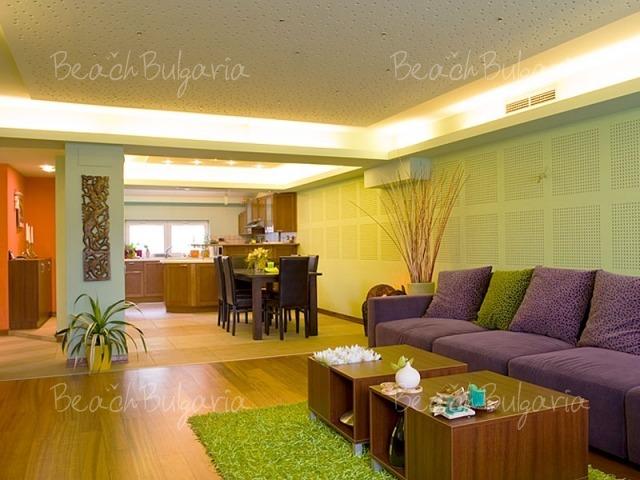 Sunny Apartment2