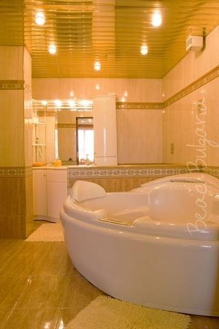 Sunny Apartment10
