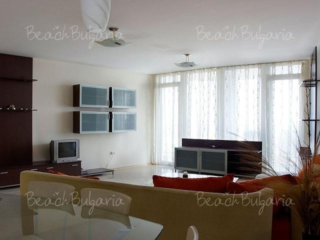 Sky Apartment2