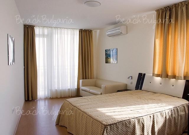 Sky Apartment11