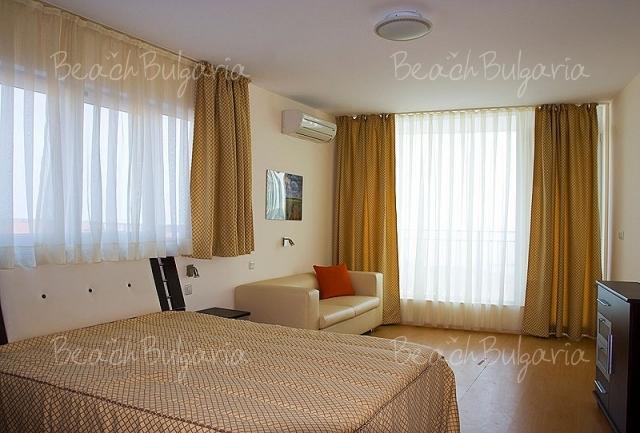 Sky Apartment4
