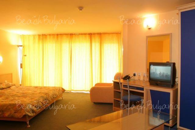 Nessebar Beach Hotel8
