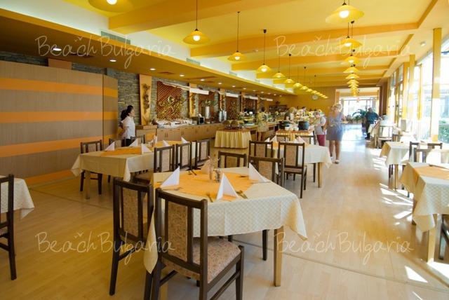 Nessebar Beach Hotel10