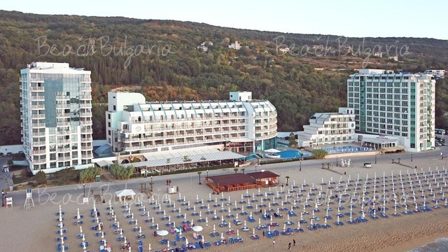 Berlin Golden Beach Hotel2