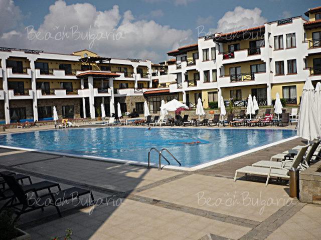 Sveti Nikola Village3