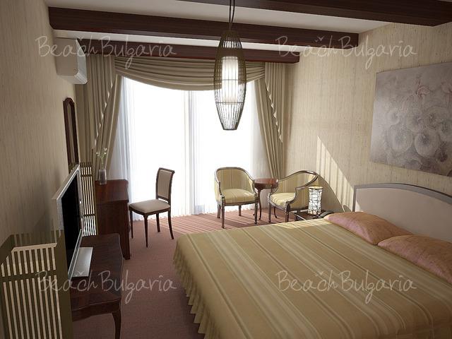 St. George Palace Hotel13
