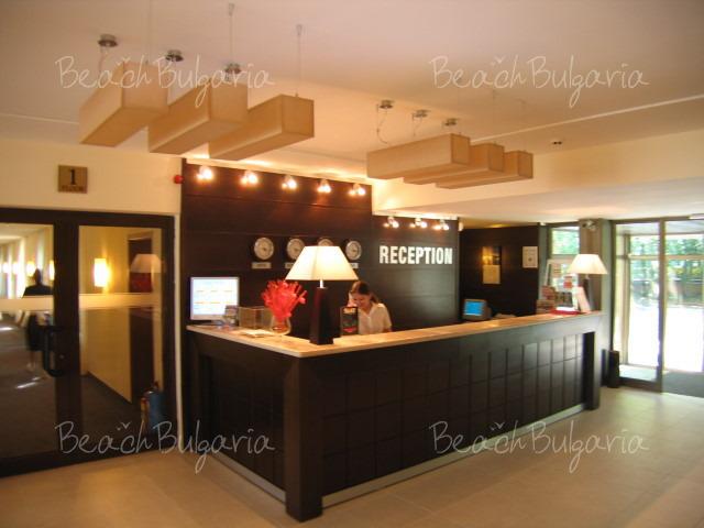 Lotos Hotel4