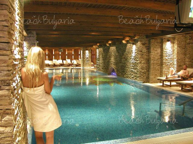 Blyan Hotel 17