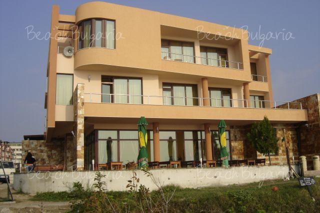 Blyan Hotel 3