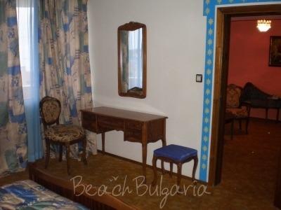 Laguna Hotel6