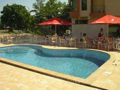 Favorit Hotel 4