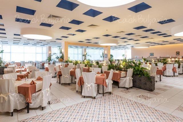 Bourgas Beach Hotel 13