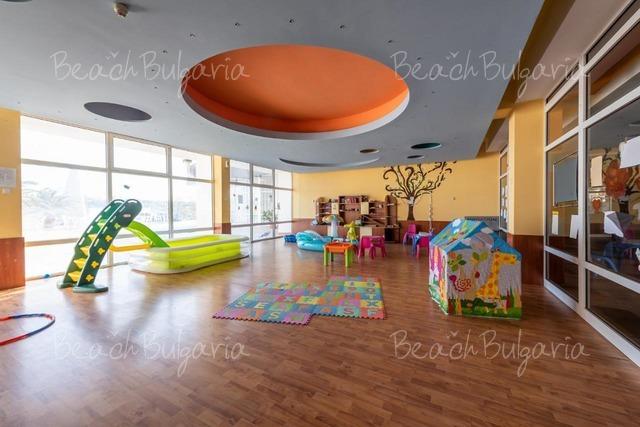Bourgas Beach Hotel 8