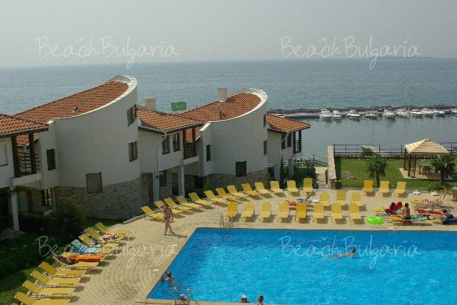Holiday Villas3