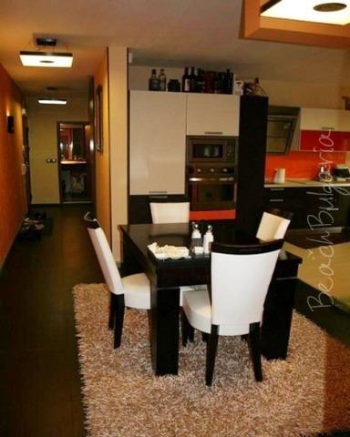 Ara Apartment13