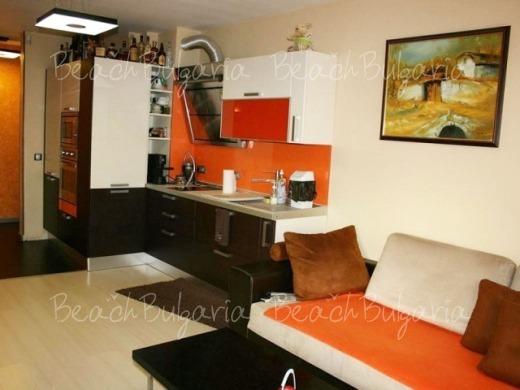 Ara Apartment4