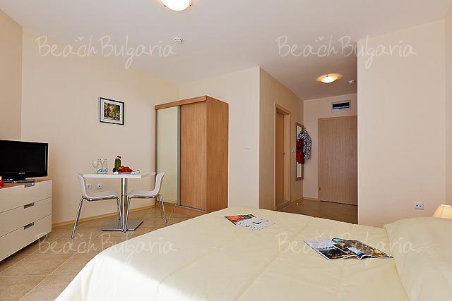 Apart-hotel Emberli 25