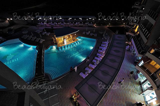 Apart-hotel Emberli 30