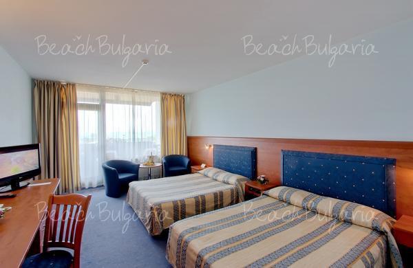 Grand Hotel Varna11