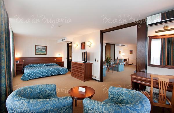 Grand Hotel Varna13