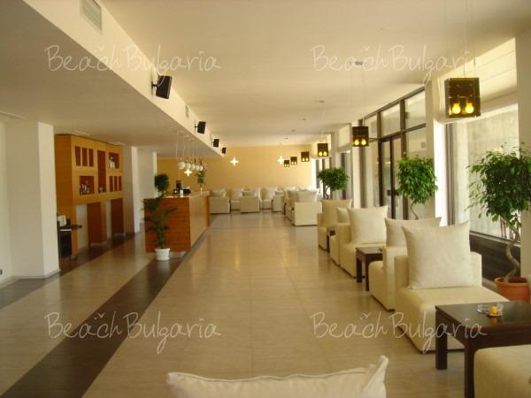 Grand Hotel Varna4