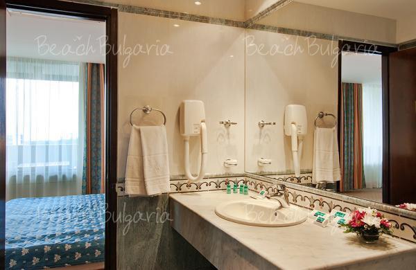 Grand Hotel Varna7