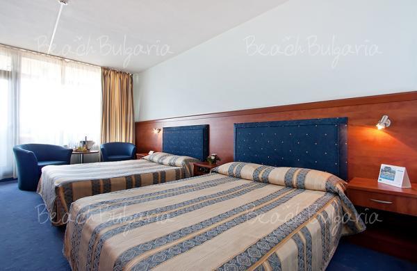 Grand Hotel Varna9