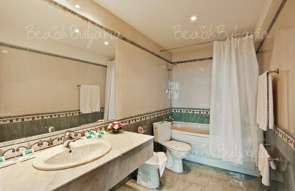 Grand Hotel Varna10