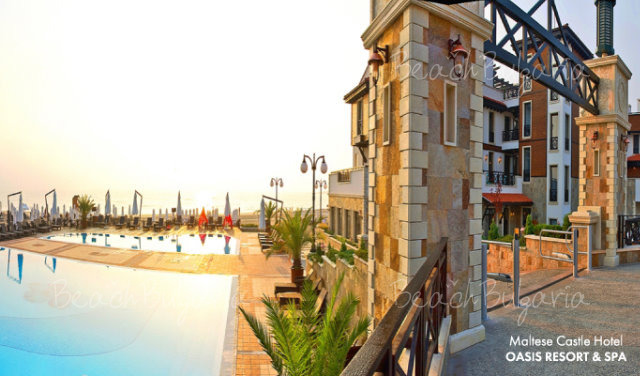 Oasis Resort & Spa Hotel6