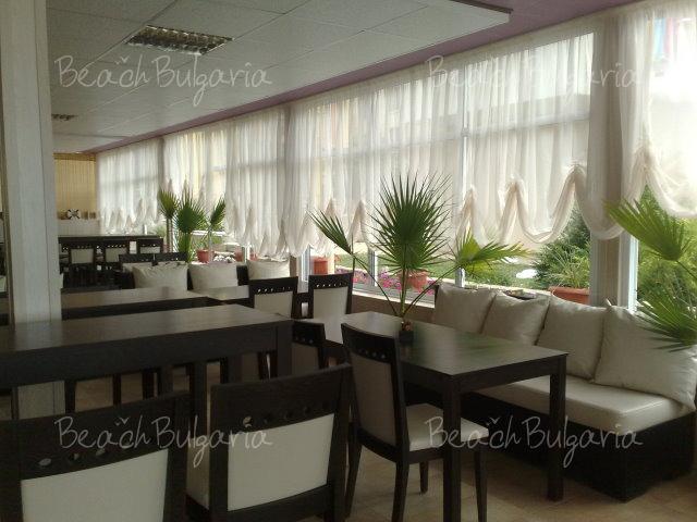 Tropics Hotel16