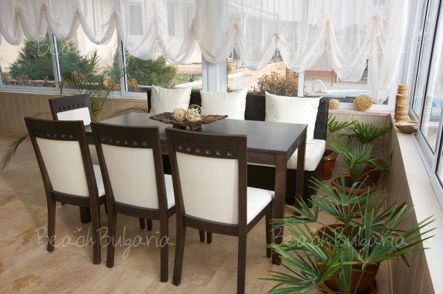 Tropics Hotel17