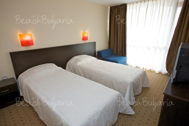 Tropics Hotel8