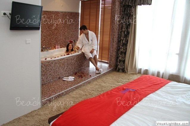 Calypso Hotel14