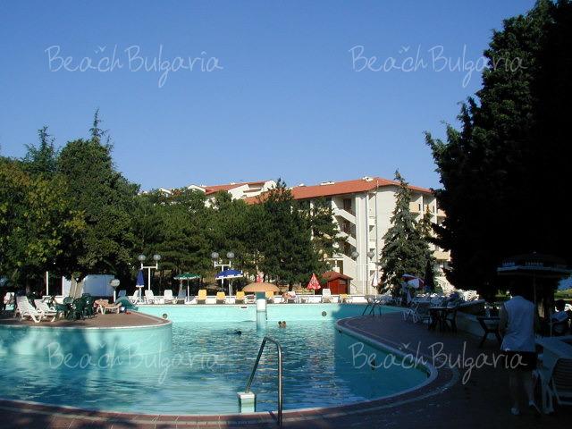 Dolphin Hotel18
