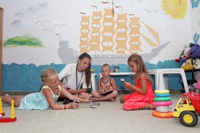 Slavey Hotel13