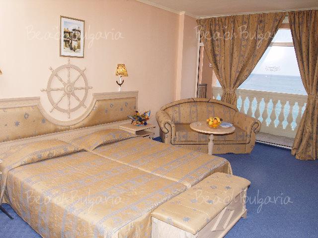 Royal Park Hotel16
